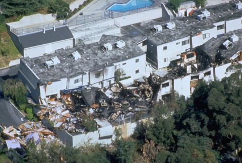 Destruction from the 17 January 1994 Northridge Earthquake damaged more than 100,000 resi-dential and commercial structures. Credit: FEMA