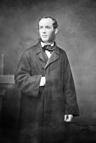 A portrait photograph of Frederic Edwin Church taken between 1855 and 1865. Credit: Library of Congress, Brady-Handy Collection, Washington, D. C.