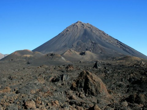 Looking up at Pico du Fogo—the highest peak in the Cape Verde Islands off the coast of West Africa and one of the most active volcanoes in the world. Pico du Fogo is the new volcano that grew after the flank of the original volcano collapsed sometime between 65 and 124 thousand years ago. Credit: Ricardo Ramalho