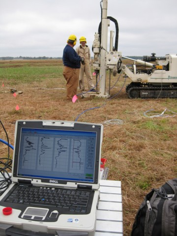 KGS direct-push crew (left: field hydrogeologist Ed Reboulet and right: scientist and project leader Jim Butler) works on the MADE site in the fall of 2008. Credit: Steven Knobbe