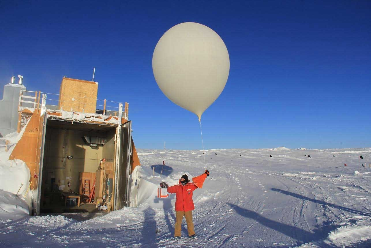 Antarctic-ozone-hole-balloon