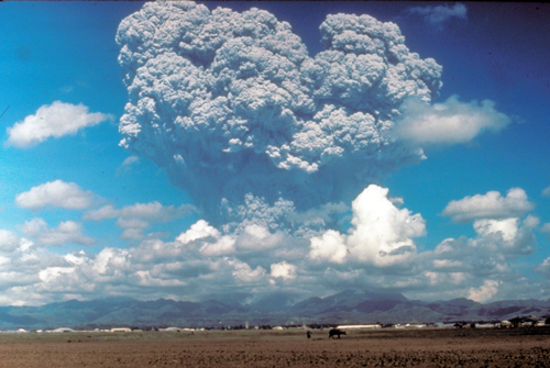 12 June 1991 eruption column from Mount Pinatubo.