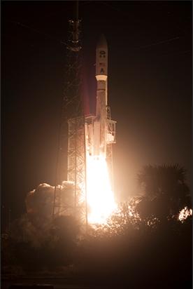 GOES-R-satellite-payload-rocket-liftoff