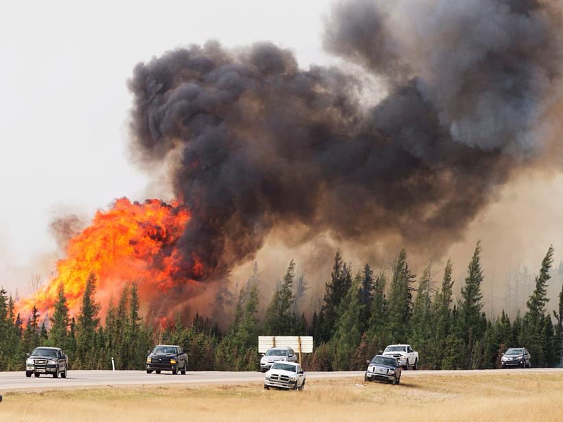 Meteorologists Track Wildfires Using Satellite Smoke