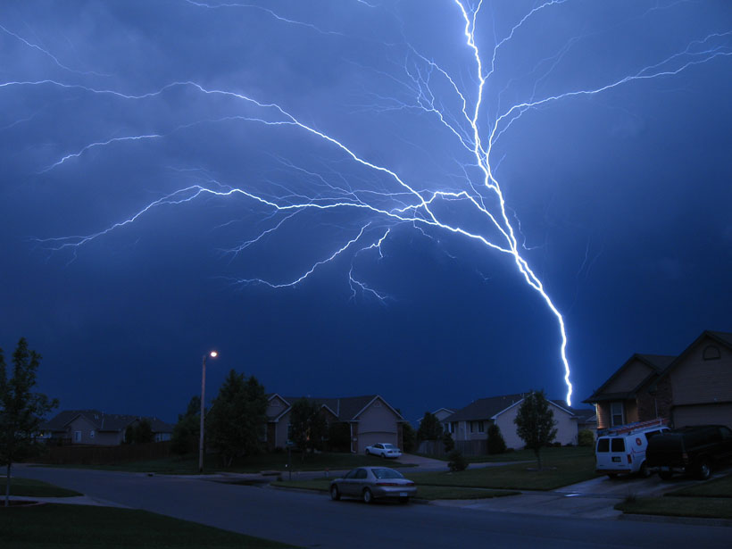 & Antenna Towers Attract Additional Lightning Strikes - Eos azcodes.com