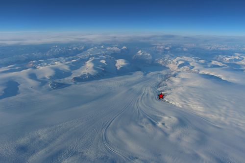 A new study examines the phenomenon of ice waves in Greenland's Rink Glacier.