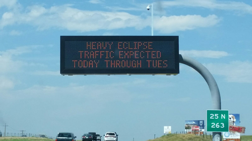 Eclipse-traffic-warning