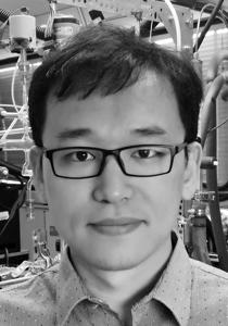 Jianfei Peng, recipient of the 2017 James R. Holton Award.