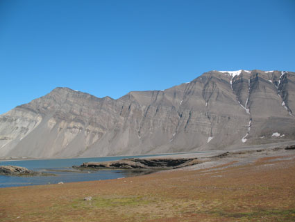 Mountains in Svalbard, Norway, record the PT boundary, as well as the PT mass extinction.