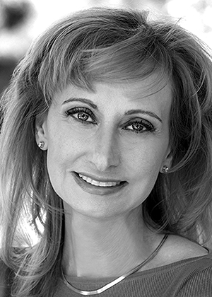 Rosaly M. C. Lopes, 2018 Ambassador Award winner