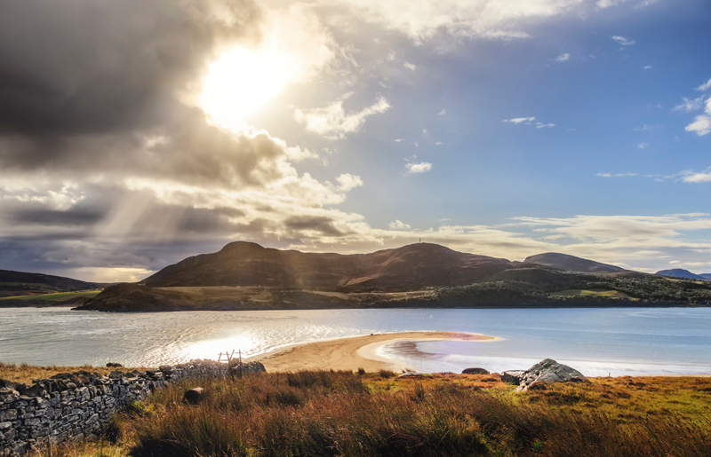 Photo of a Scottish loch and hillside