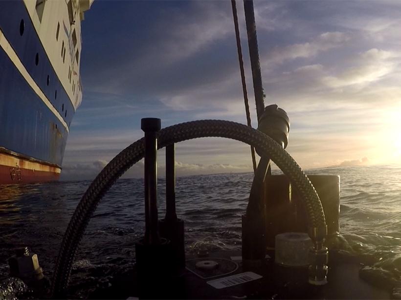 Gas Bubble Forensics Team Surveils the New Zealand Ocean - Eos