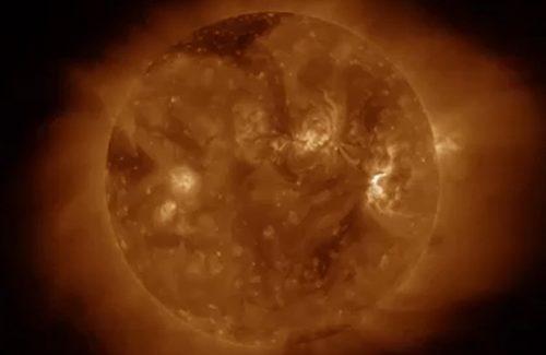 Animated satellite image of a solar flare