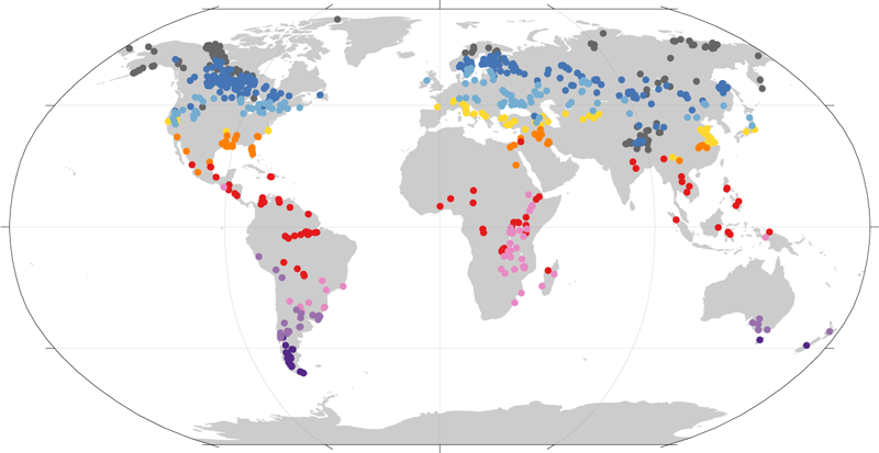 World map with colored dots representing lakes of different temperatures