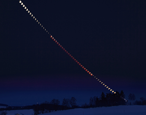 A composite image showing the color and brightness of the 21 January 2019 lunar eclipse over time