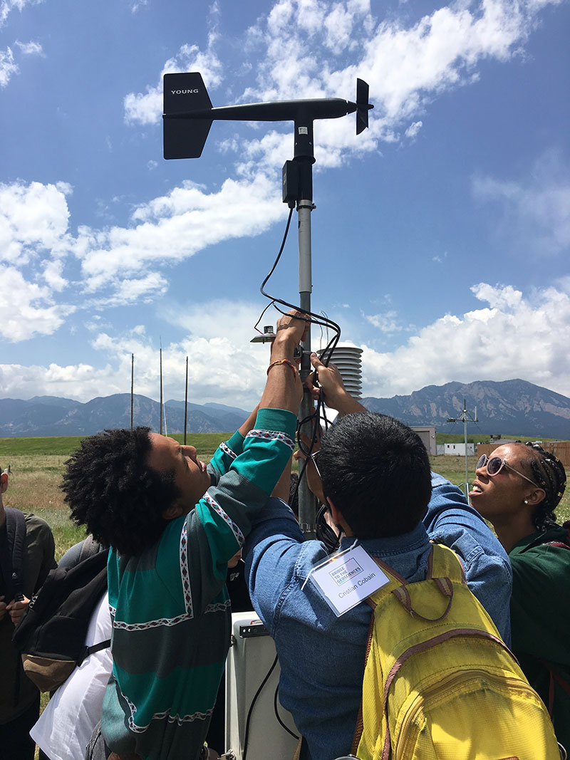 Students build an automatic weather station at the National Center for Atmospheric Research