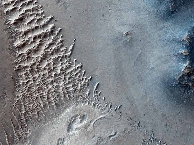 Star-shaped sand dunes on Mars